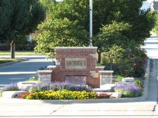 Summer photo of Hawthorne 2 Subdivision Entrance